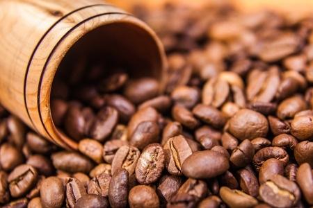 האם תמצית פולי קפה ירוק עוזרים לירידה במשקל?
