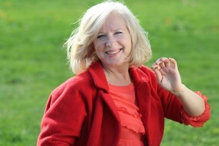 ההשפעה המיידית של תוסף מולטי ויטמין ומינרל על מצב הרוח בנשים בריאות מעל גיל 50